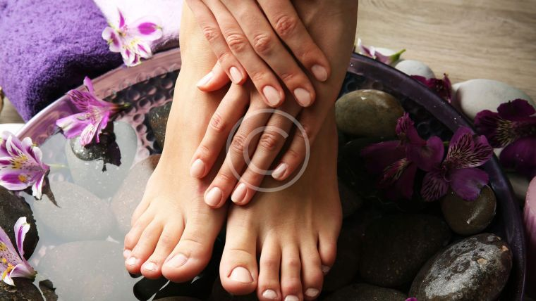 image 12 760x428 - The Best Pedicure Shades For Summer, According To Your Skin Tone
