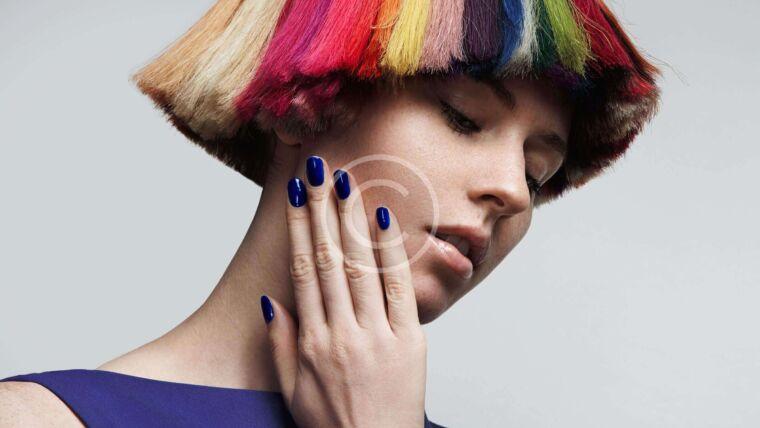 image 13 760x428 - Trend: Dark Nail Polishes